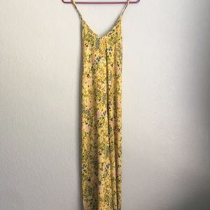 OLD NAVY Yellow floral maxi dress